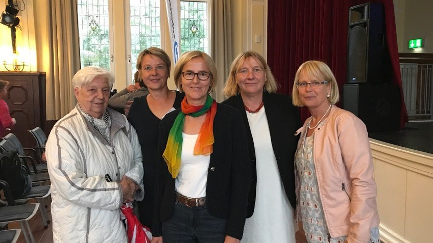 v.l.: Margarthe Reimelt, Martina Böttger, Gisela Tresch, Susanne Hild, Uta Schmidt