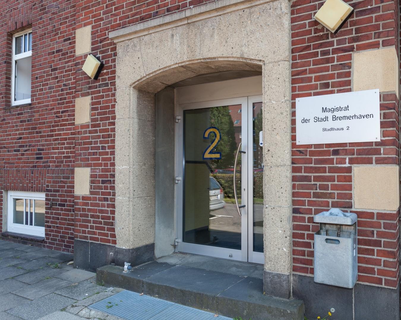 Hochschule jugendlich in Haus 110