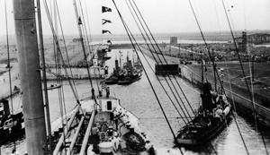 The Quot Nordschleuse Quot Lock Bremerhaven De