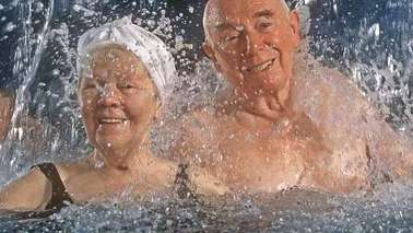 Two elderly people can irrigate the water.