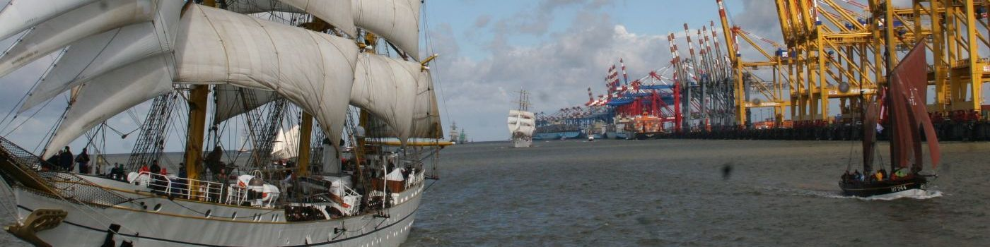 Ships sail in front of Bremerhaven.